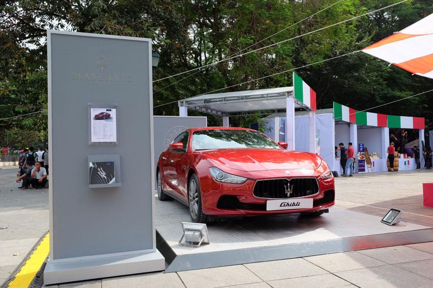 Maserati Ghibli xuất hiện trong Tuần lễ Italia - ASEAN tại Hà Nội