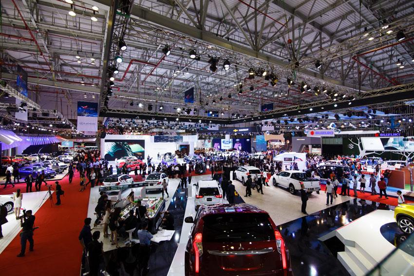 Toyota Vios tiếp tục đứng đầu Top 10 xe bán chạy nhất trong tháng 11