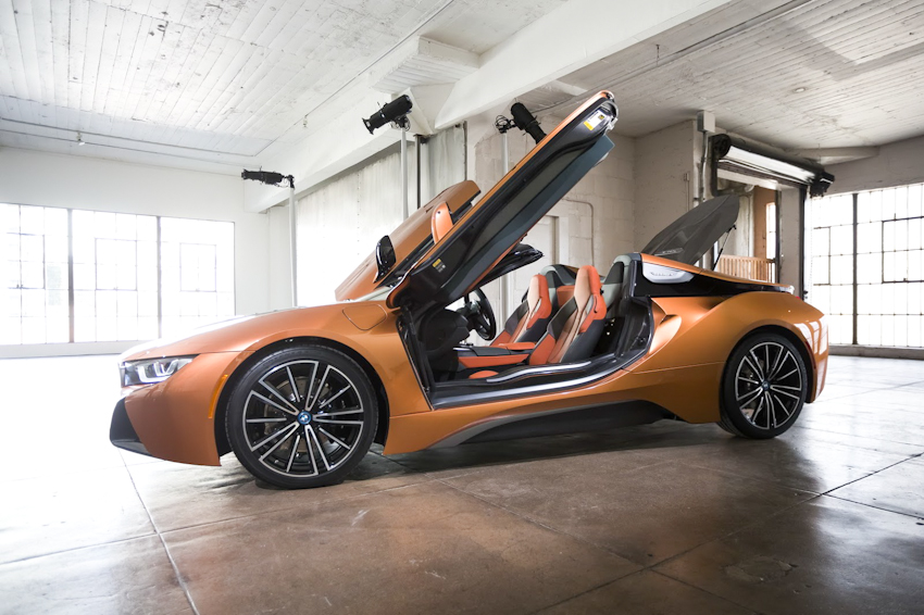 WLC-BMW-i8-Roadster-va-BMW-i8-Coupe-2018-Tin-011217-3
