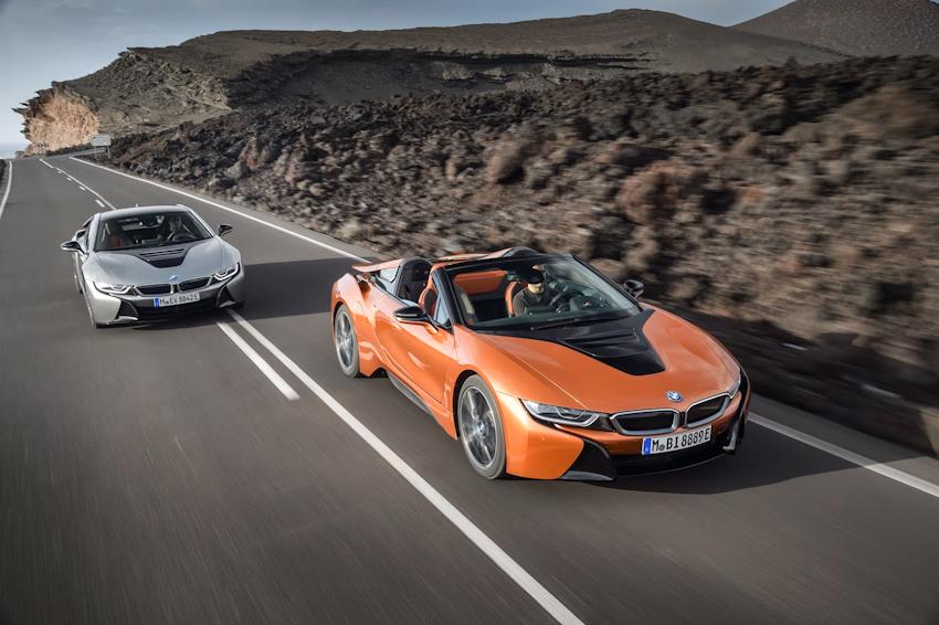 WLC-BMW-i8-Roadster-va-BMW-i8-Coupe-2018-Tin-011217-19