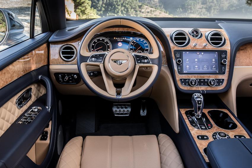WLC-Bentley-Bentayga-SUV-cua-nam-Tin-081217-3