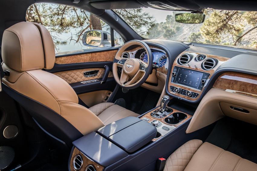 WLC-Bentley-Bentayga-SUV-cua-nam-Tin-081217-4