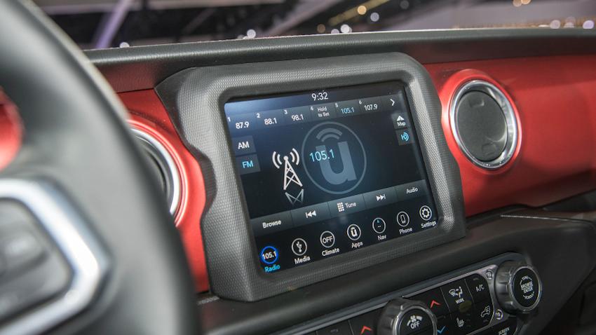 WLC-Jeep-Wrangler-2018-Los-Angeles-2017-Tin-041217-8