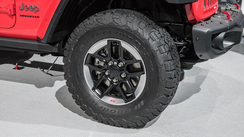 WLC-Jeep-Wrangler-2018-Los-Angeles-2017-Tin-041217-6