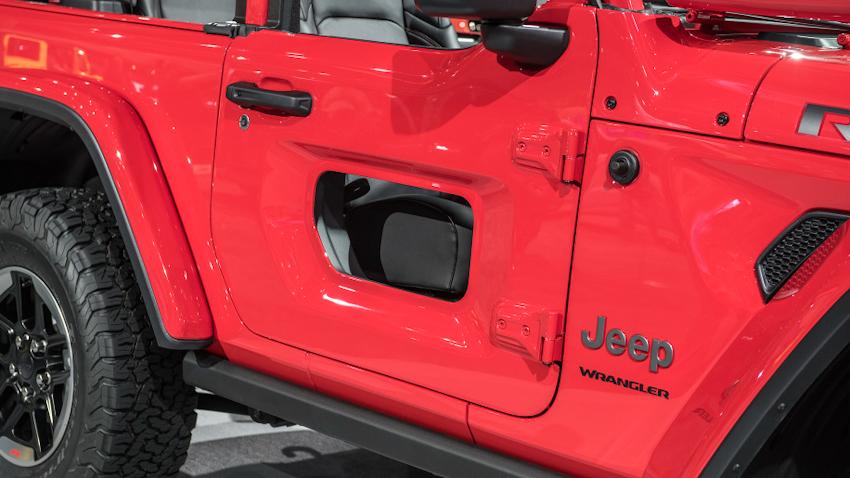 WLC-Jeep-Wrangler-2018-Los-Angeles-2017-Tin-041217-5