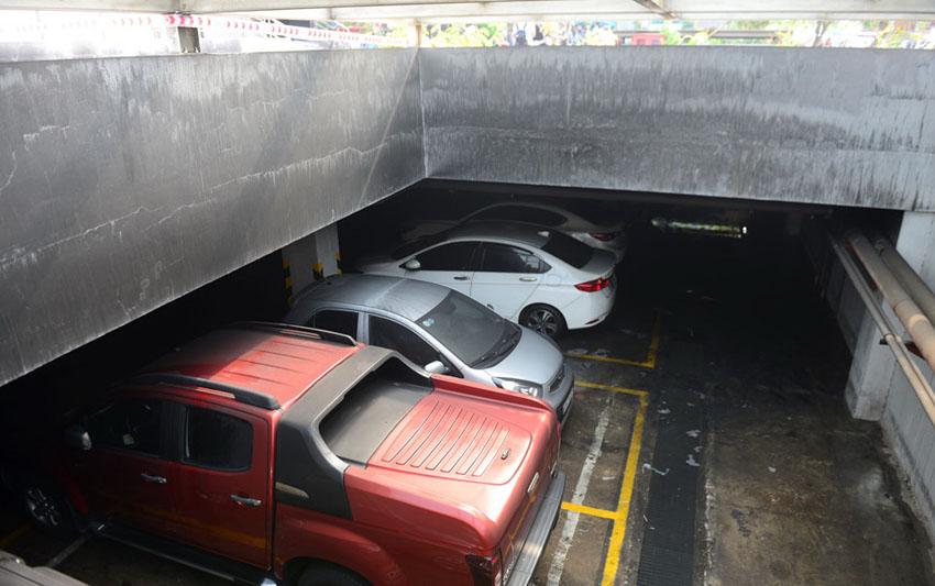 Ai sẽ bồi thường đối với ôtô, xe máy cháy rụi dưới hầm chung cư Carina Plaza?