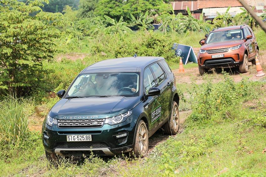 Trải nghiệm off-road các mẫu xe Land Rover tại Thành phố Hồ Chí Minh