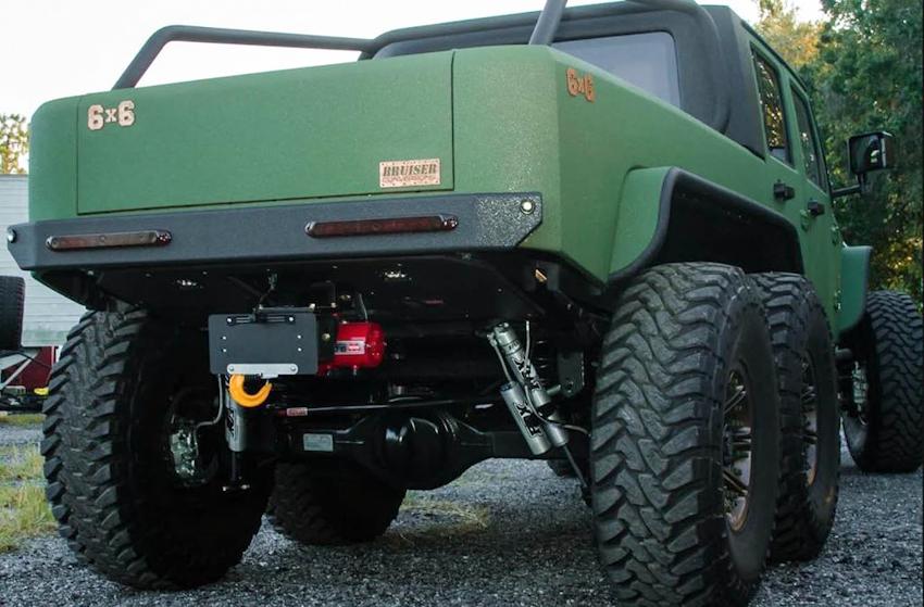 Jeep Wrangler cân mọi địa hình với bản độ 6 bánh
