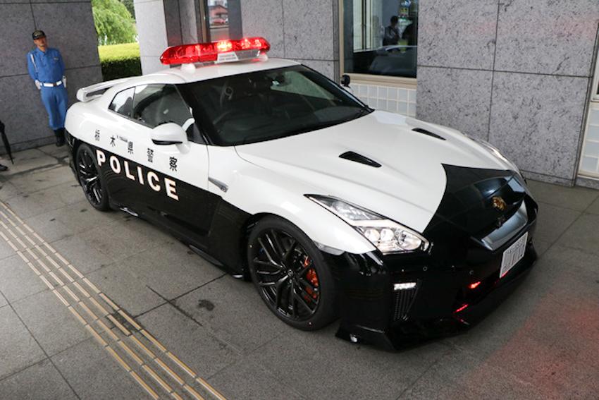 Cảnh sát Nhật Bản được cấp siêu xe Nissan GT-R 2017 (R35)