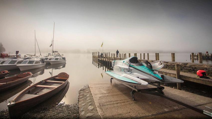 Jaguar Vector Racing V20E thiết lập kỷ lục thế giới mới về tốc độ trên nước