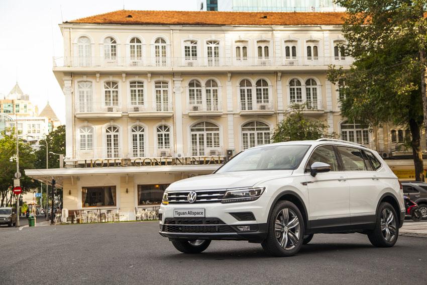 Volkswagen Tiguan Allspace xuất hiện trên phố Sài Gòn