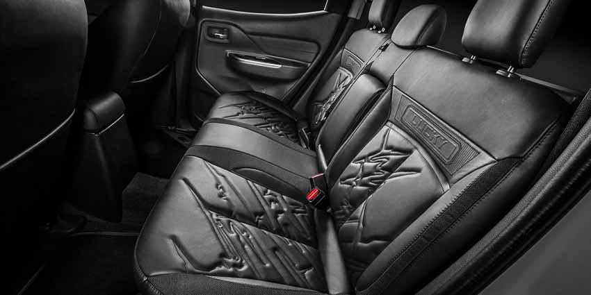 Bán tải Mitsubishi Triton độ off-road đầy cá tính qua tay Pickup Design