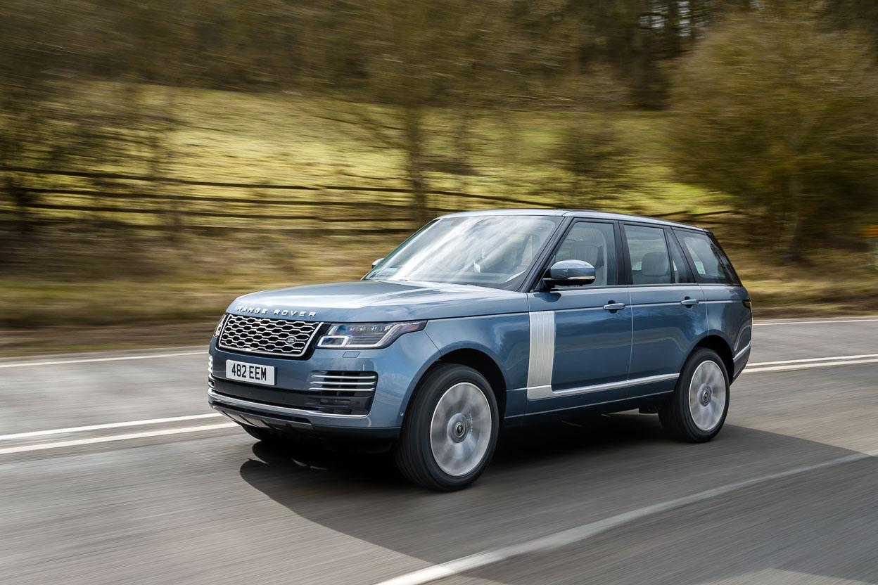 Range Rover 2019 lộ diện với sức mạnh động cơ mới, trang bị loạt công nghệ