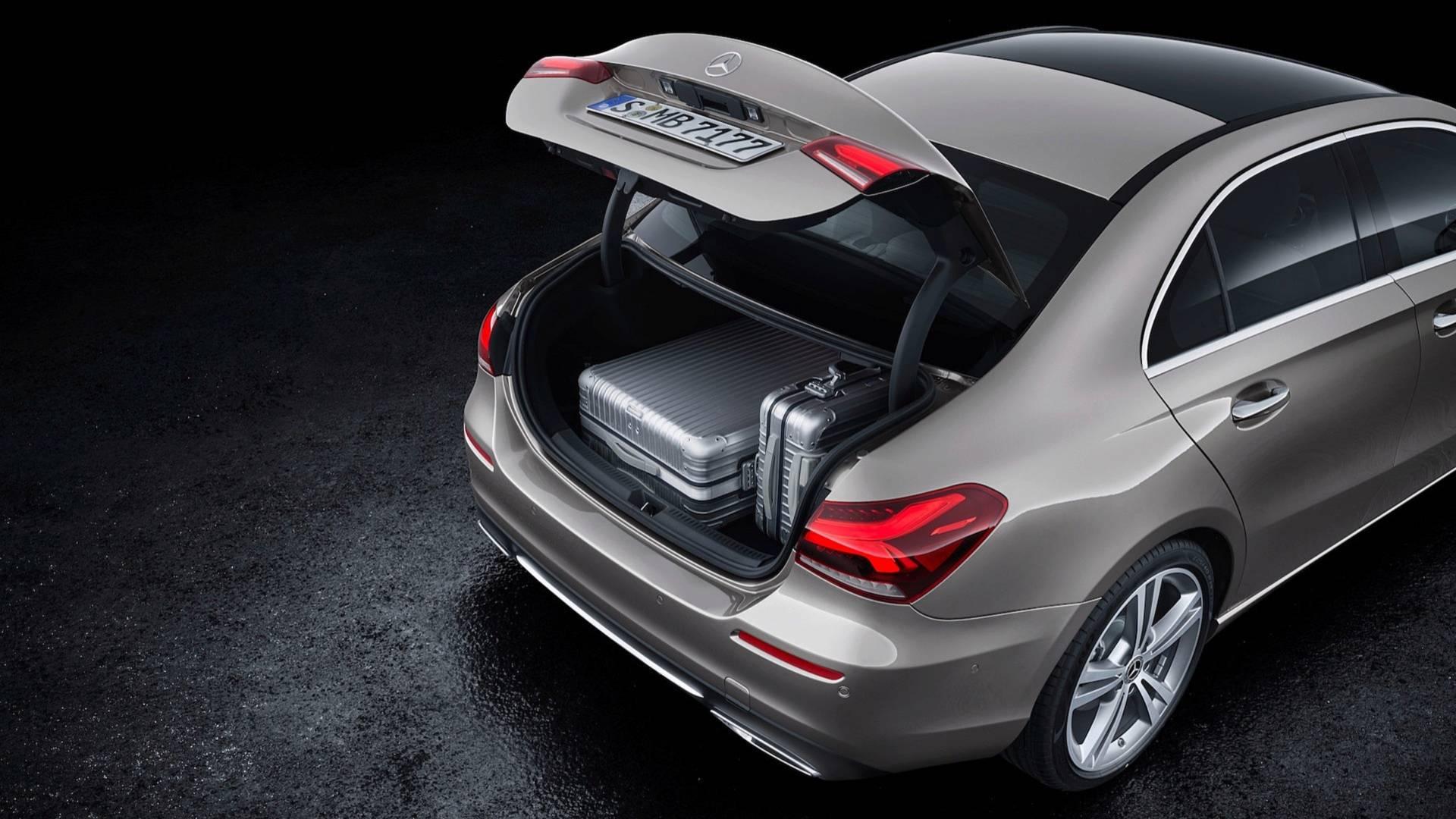 Mercedes-Benz A-Class Sedan 2019 bản quốc tế trình làng