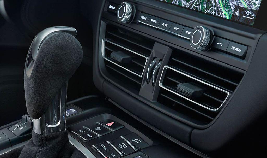 """Porsche Macan 2019 bản """"facelift"""" chính thức ra mắt"""