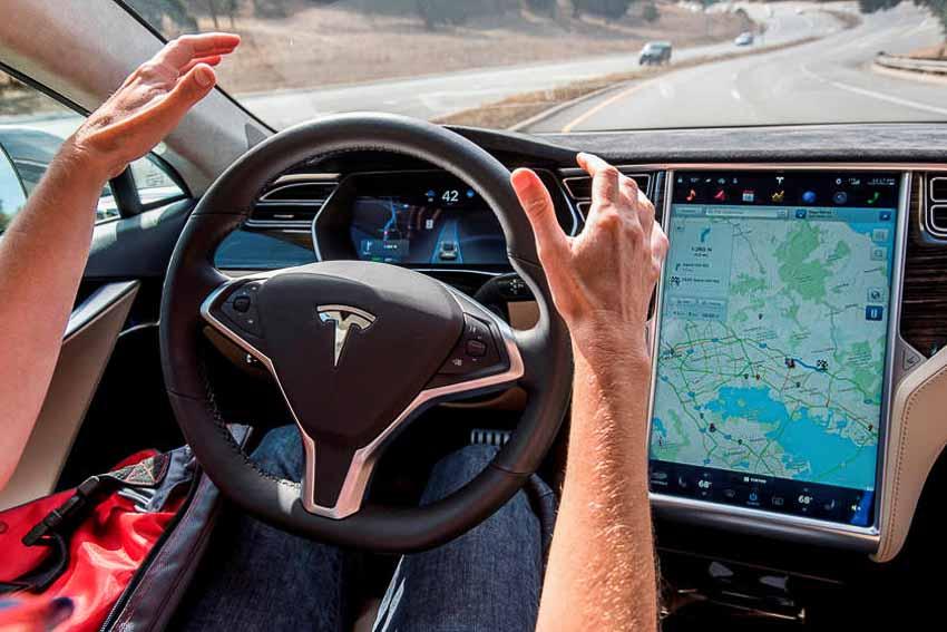 IIHS cảnh báo: Không ỷ lại công nghệ trợ giúp lái xe 6
