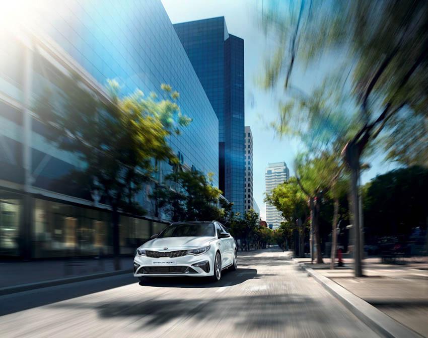 Kia Optima 2019 được nâng cấp, giá từ 28.822 USD