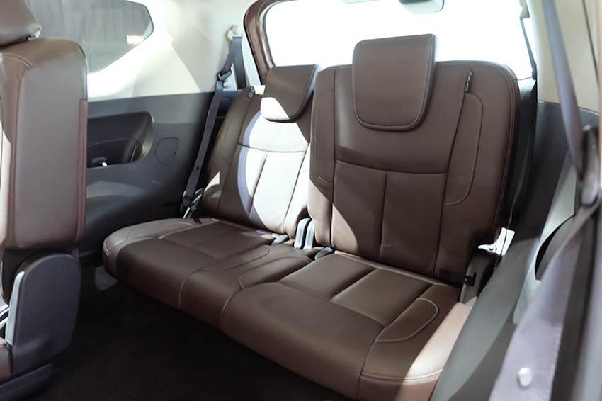 SUV-7-cho-Nissan-Terra-2018-13
