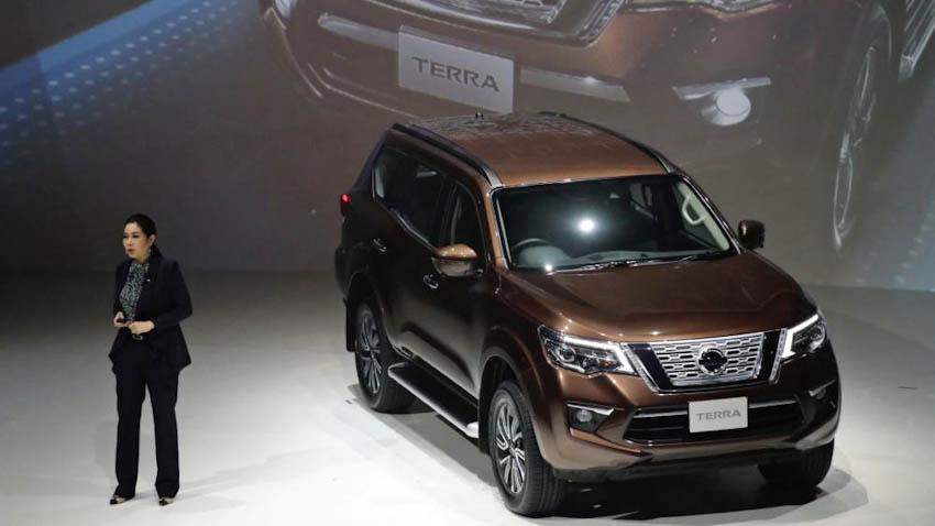 SUV-7-cho-Nissan-Terra-2018-16