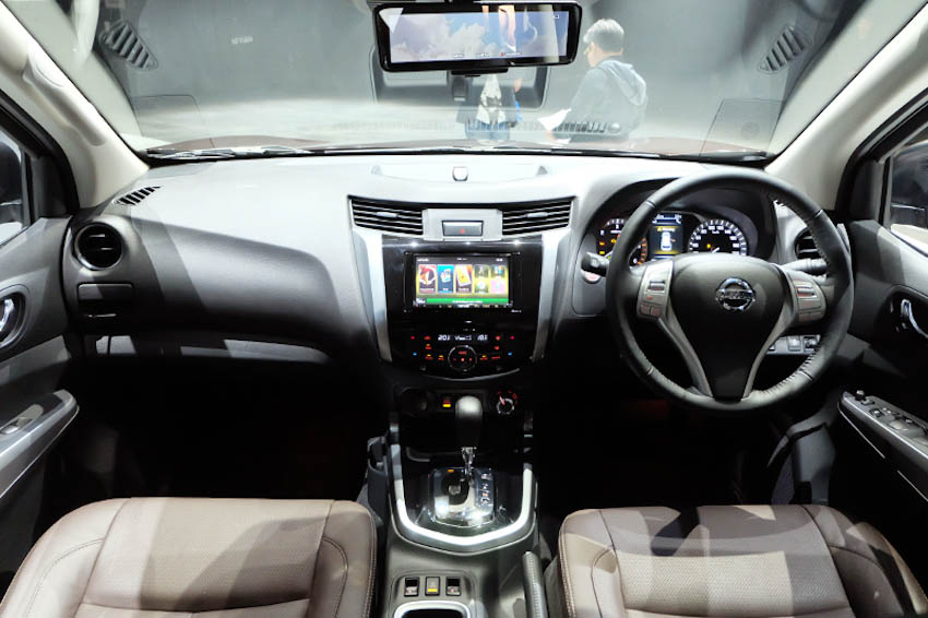 SUV-7-cho-Nissan-Terra-2018-2