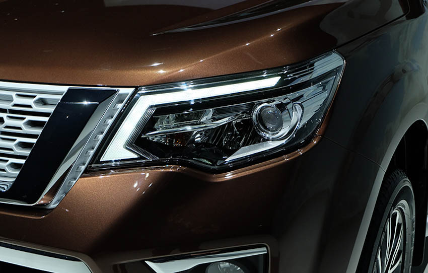 SUV-7-cho-Nissan-Terra-2018-5