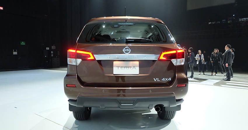 SUV-7-cho-Nissan-Terra-2018-8