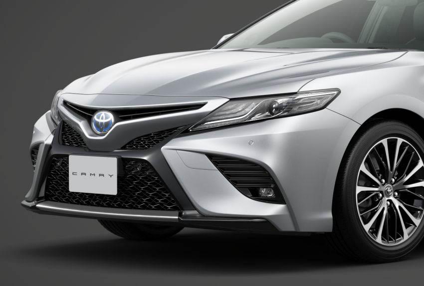 DN-Toyota-Camry-Sports-ra-mat-tai-Nhat-Ban-Tin-170818-15