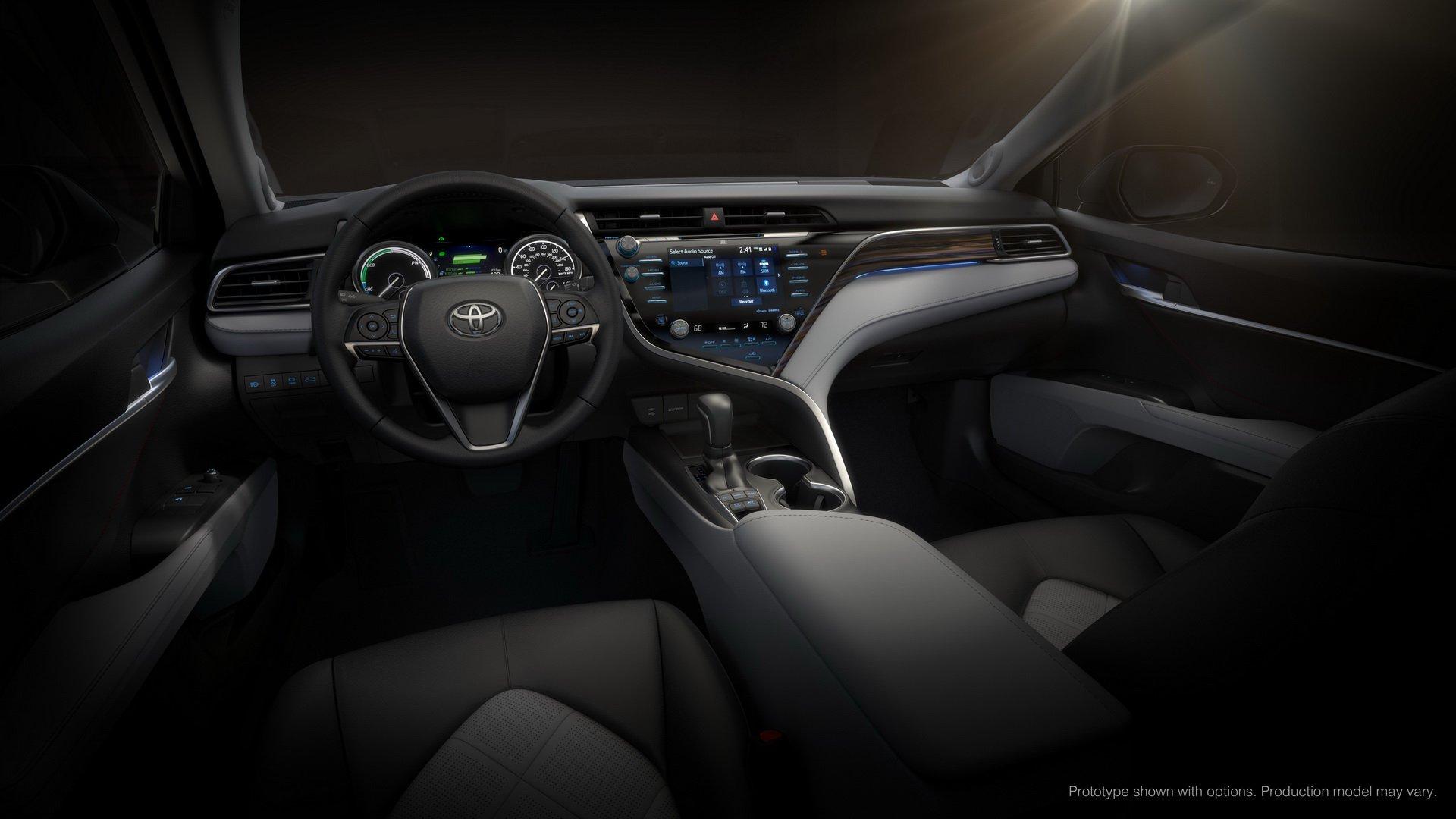 Toyota Camry 2019 công bố thông tin và giá bán chi tiết cho các phiên bản