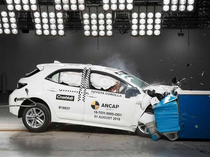ANCAP đánh giá xe Toyota Corolla Hatchback 2019
