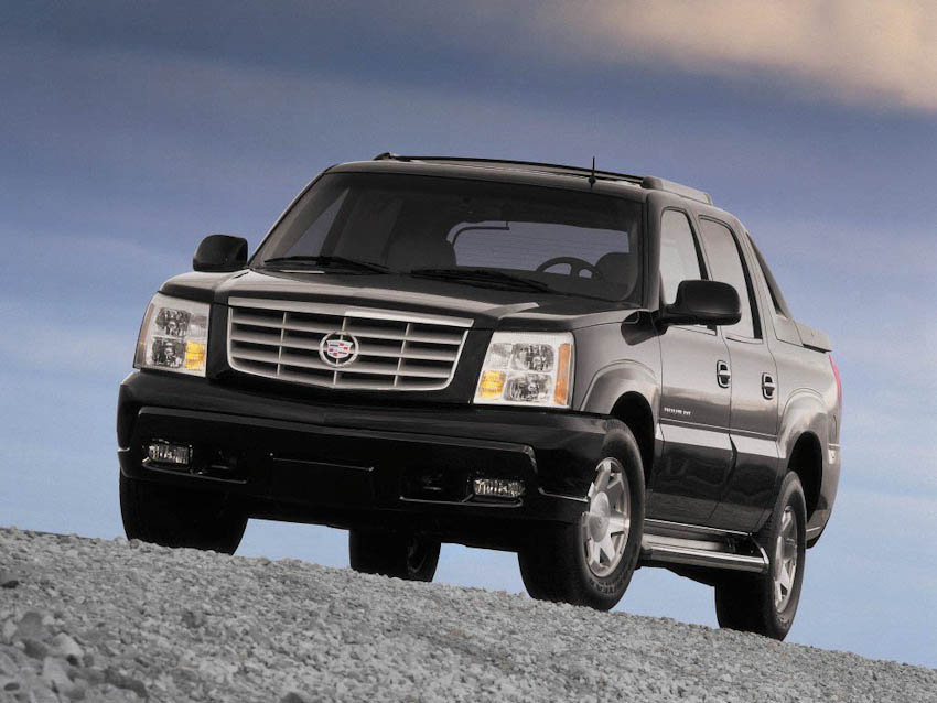 Cadillac-ky-niem-20-nam-ngay-ra-mat-Escalade