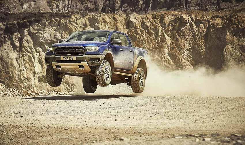 Ford-Ranger-Raptor-2019-ra-mat-chau-Au