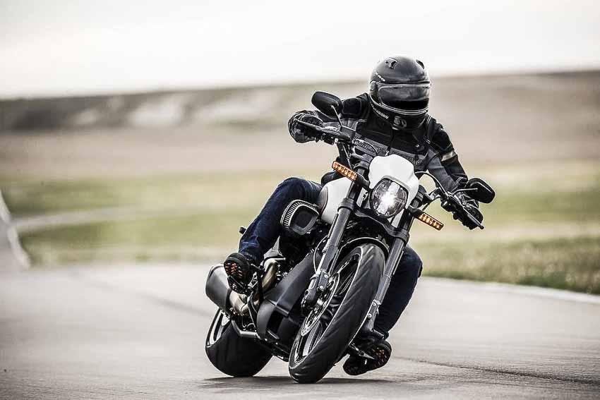 WLC-Harley-Davidson-FXDR-114-Tin-230818-6