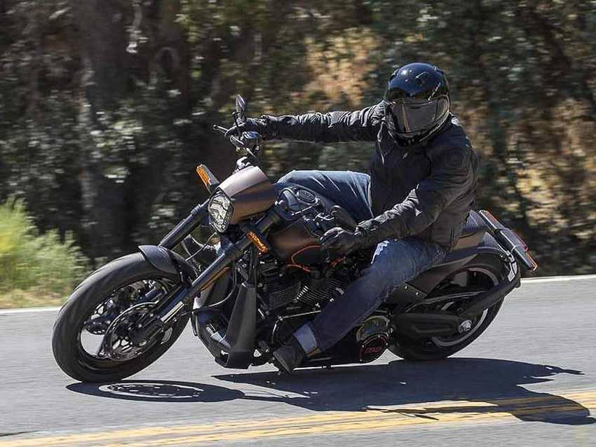 WLC-Harley-Davidson-FXDR-114-Tin-230818-8