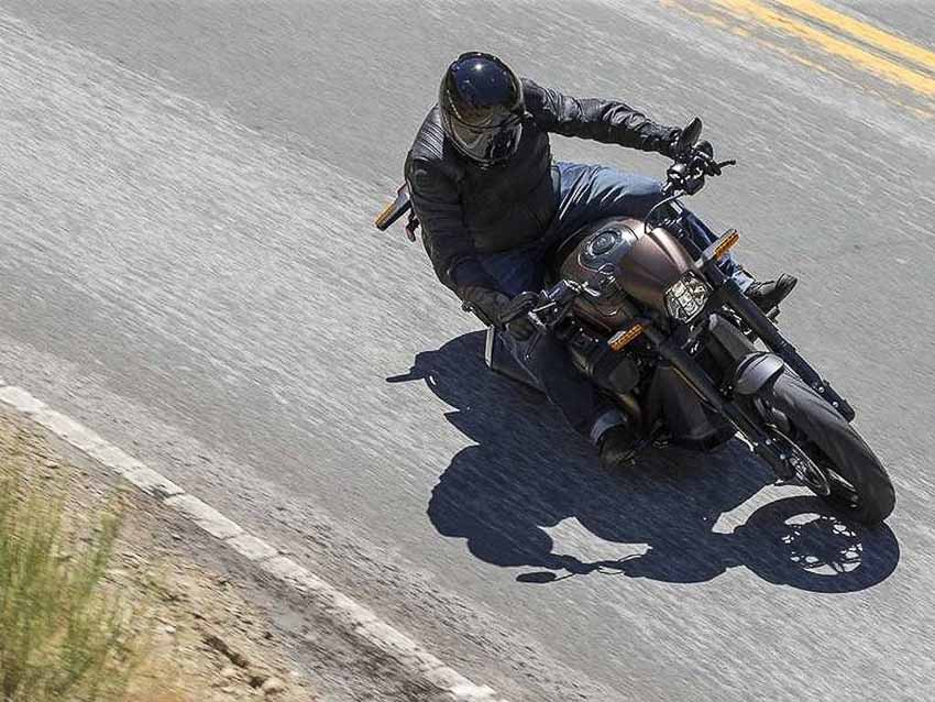 WLC-Harley-Davidson-FXDR-114-Tin-230818-9