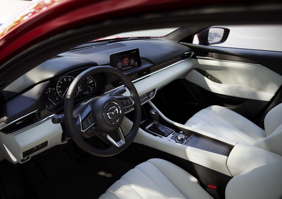 Tháng 9 tới, Mazda 6 2018 sẽ cập nhật miễn phí Android Auto và Apple CarPlay