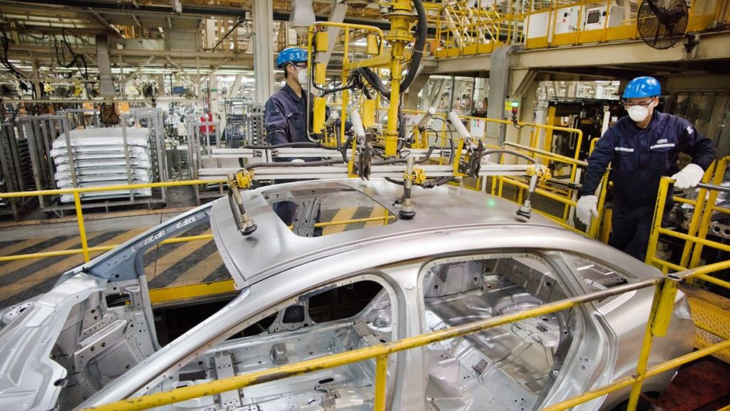 Ford cắt giảm lượng khí thải sớm hơn 8 năm so với kế hoạch