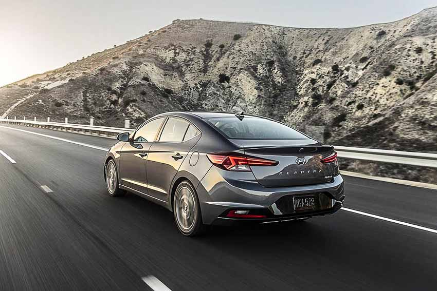 WLC-sedan-hang-C-Hyundai-Elantra-2019-Tin-230818-15