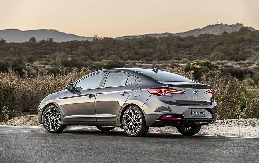 WLC-sedan-hang-C-Hyundai-Elantra-2019-Tin-230818-4