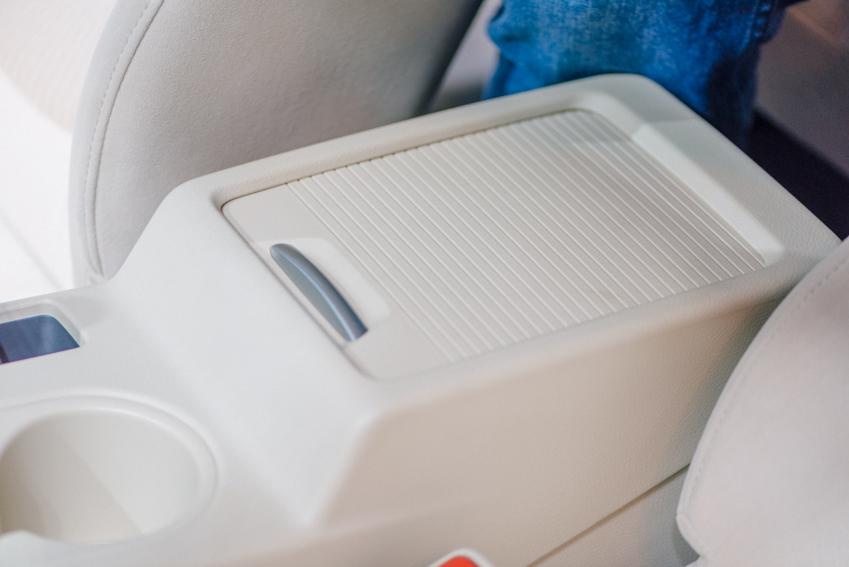 Mẫu xe 7 chỗ Mitsubishi Xpander giá từ 550 triệu đồng-16
