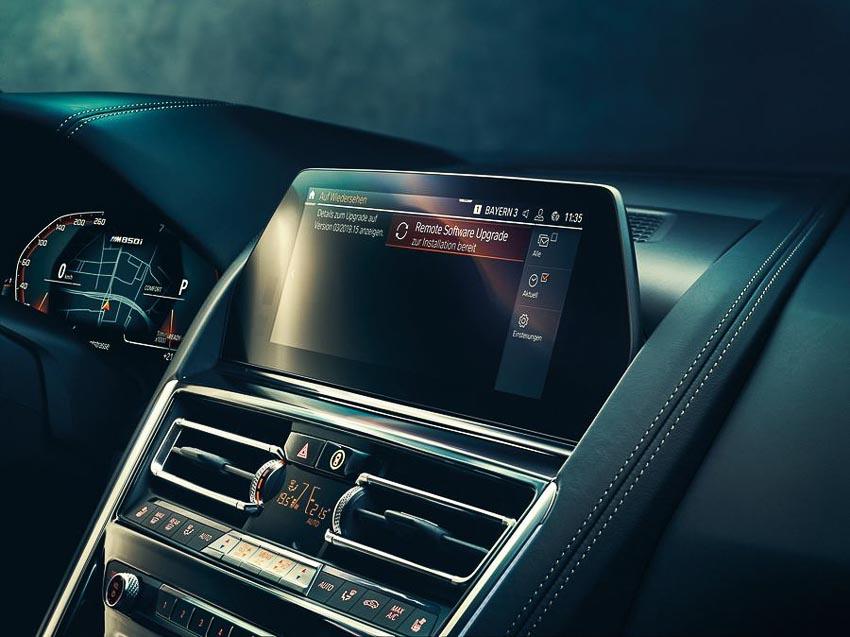 BMW-gioi-thieu-cong-nghe-tro-ly-ao-IPA