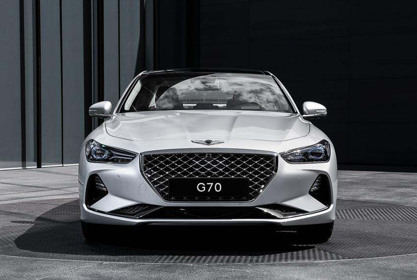 Genesis-G70-2019-cong-bo-muc-gia-tung-phien-ban-8