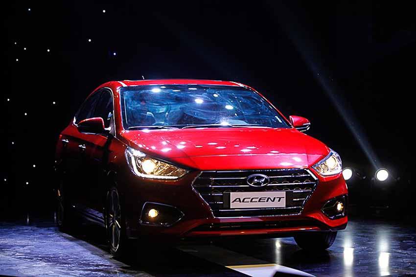 Hyundai-Accent-2018-theo-sat-nut-Toyota-Vios
