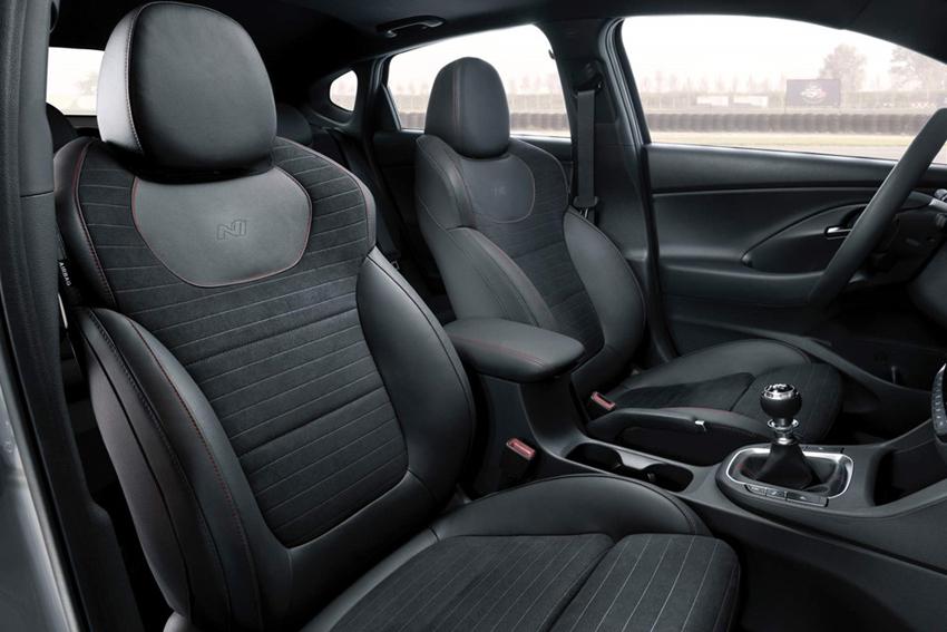 Hyundai-i30-Fastback-N-2019-coupe-5-cua-hieu-nang-cao