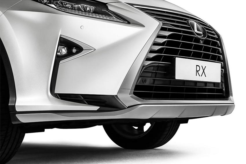 Lexus-RX300-Special-Edition-danh-rieng-cho-Malaysia-2