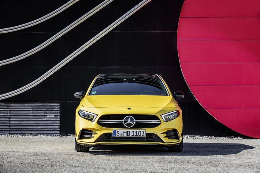 Mercedes-AMG-A35-4MATIC-moi