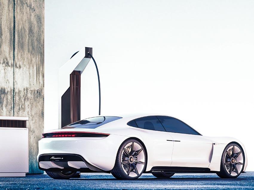 Porsche-chinh-thuc-khai-tu-dong-co-diesel