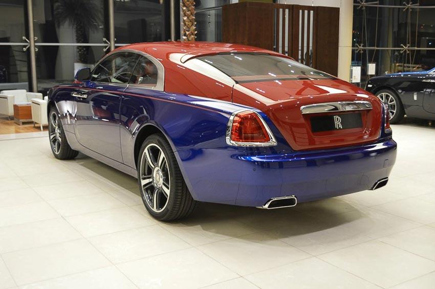 Rolls-Royce-Wraith-mau-xanh-duong-do