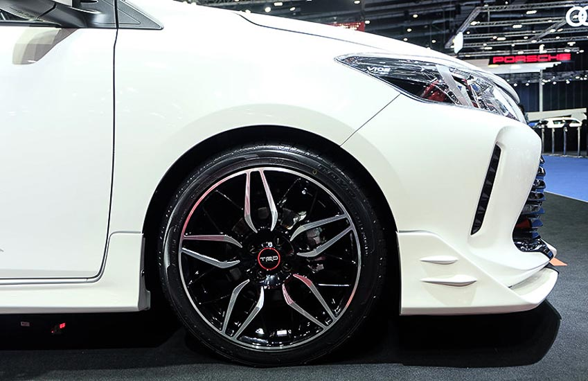 Toyota-Vios-GT-Street-phong-cach-xe-dua-duong-pho