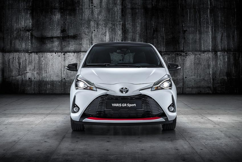 Toyota-trinh-lang-phien-ban-the-thao-Yaris-GR-Sport-1