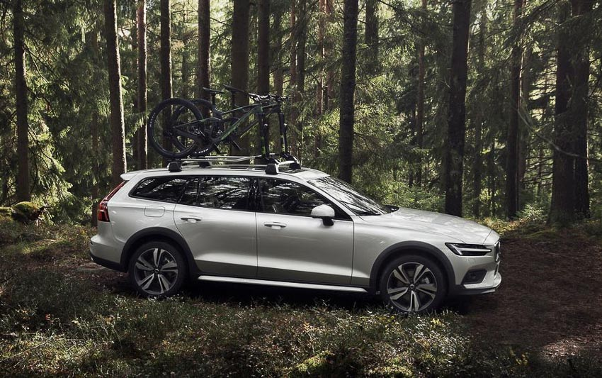 Volvo-V60-Cross-Country-hoan-toan-moi